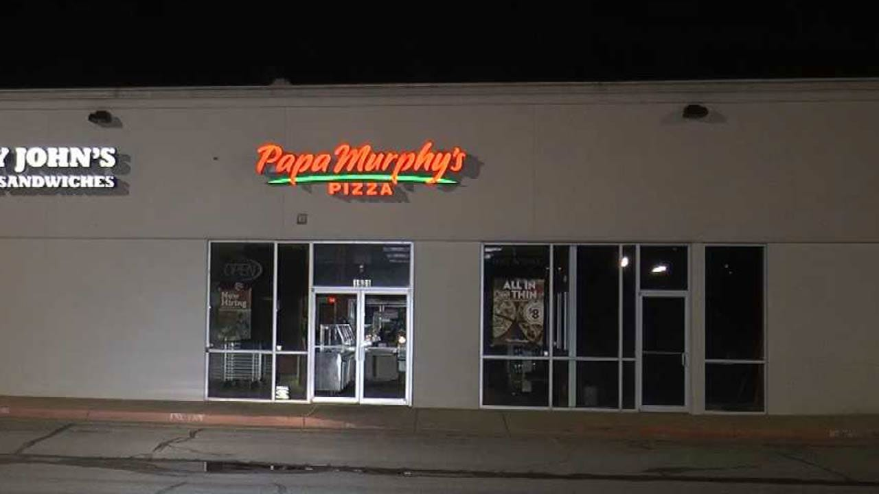 Pair Sought In Tulsa Pizza Store Robbery