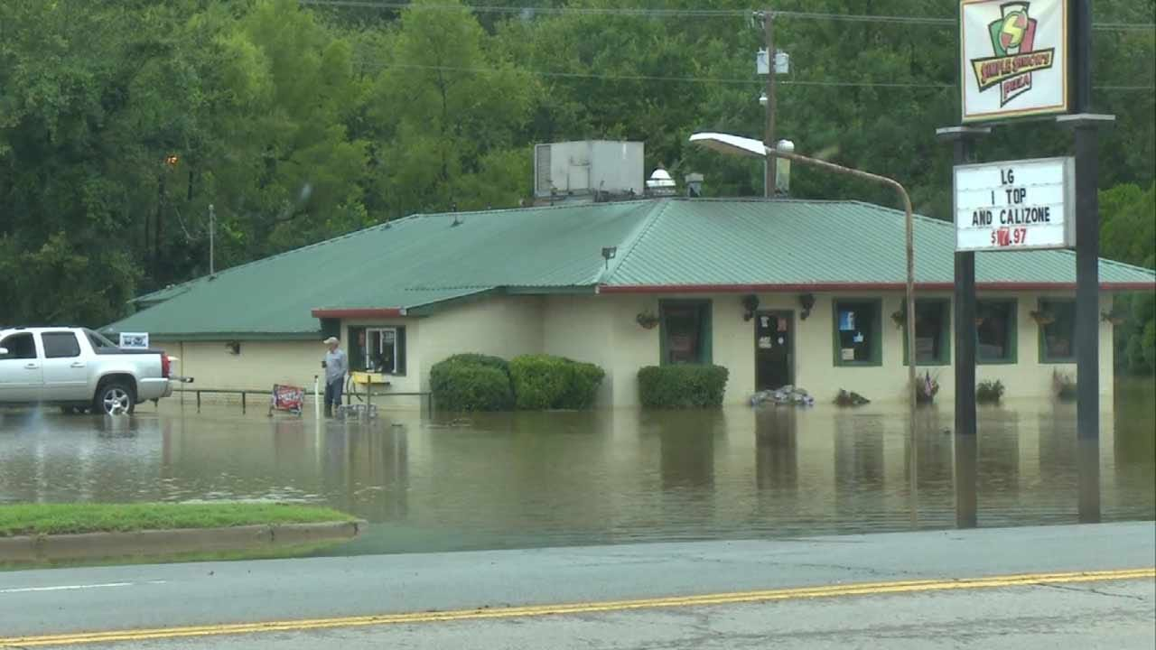 High Waters Close Roads In Sequoyah County