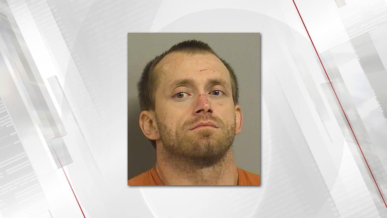 Deputies: Tulsa Man Runs Through Briar Patches To Avoid Arrest