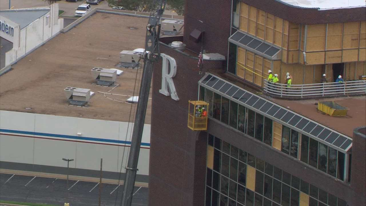 Crane Crews Remove Glass From Tulsa's Remington Tower