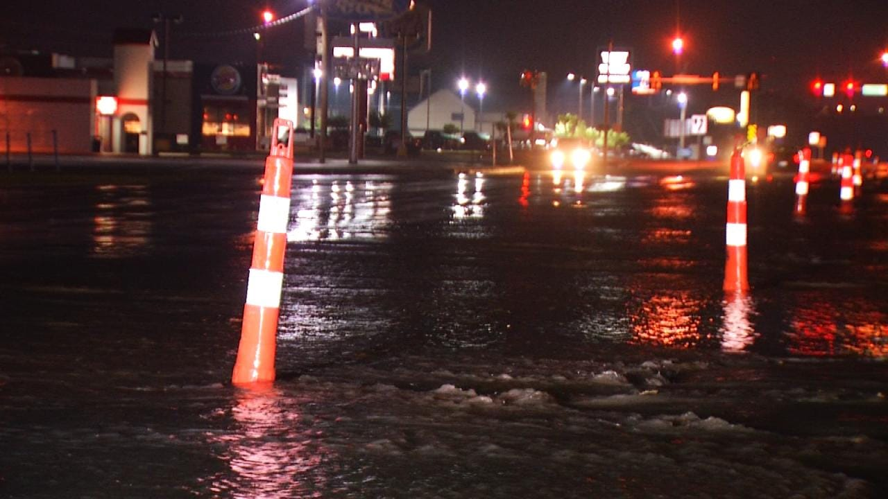 Contractor Hits Tulsa Water Line At 41st & Memorial