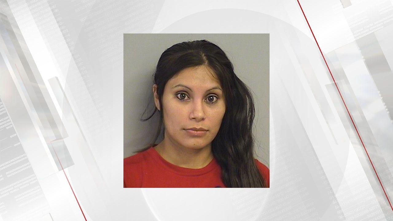 Tulsa Man And Woman Armed With Shotgun Steal Car