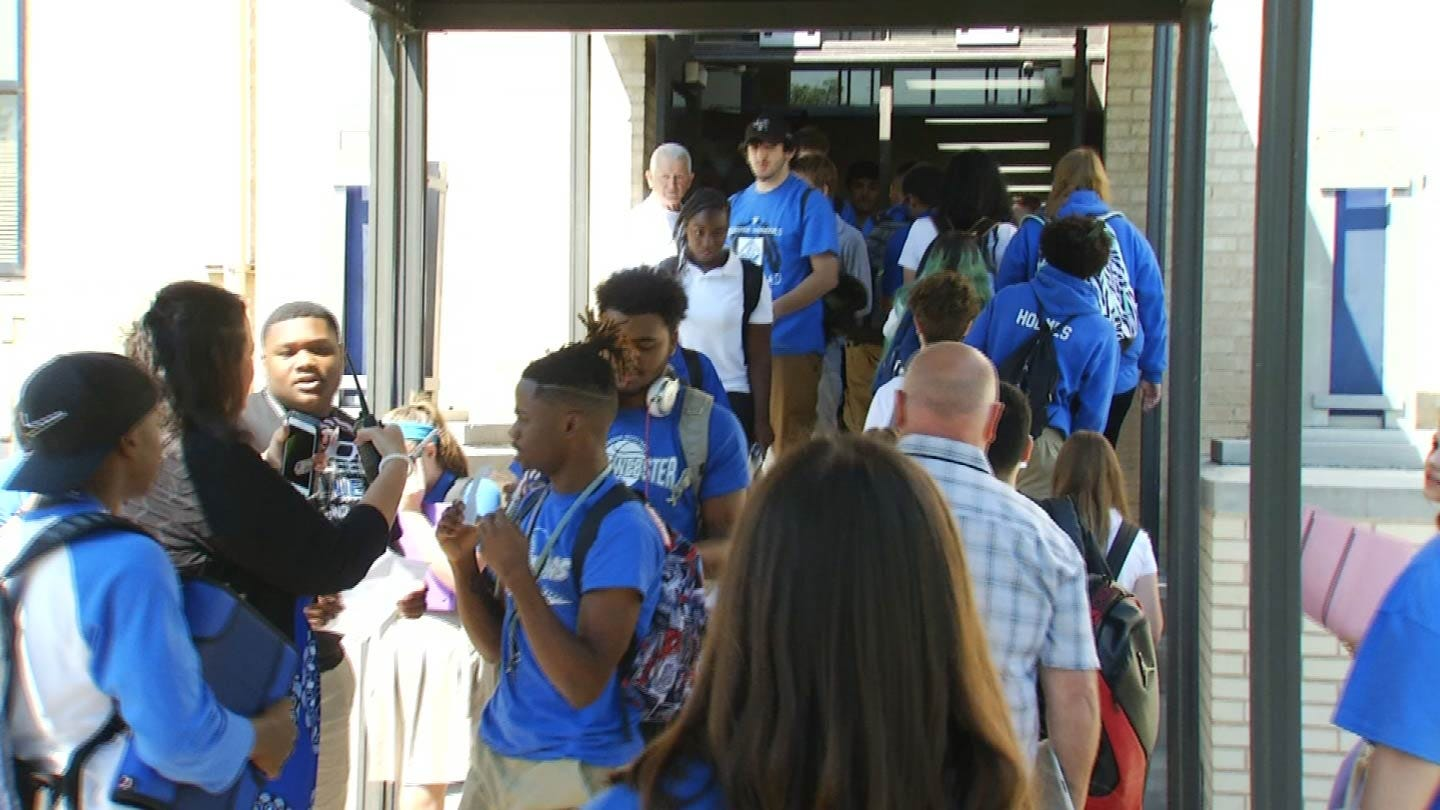 West Tulsa Students Start Year At Newly Consolidated Schools