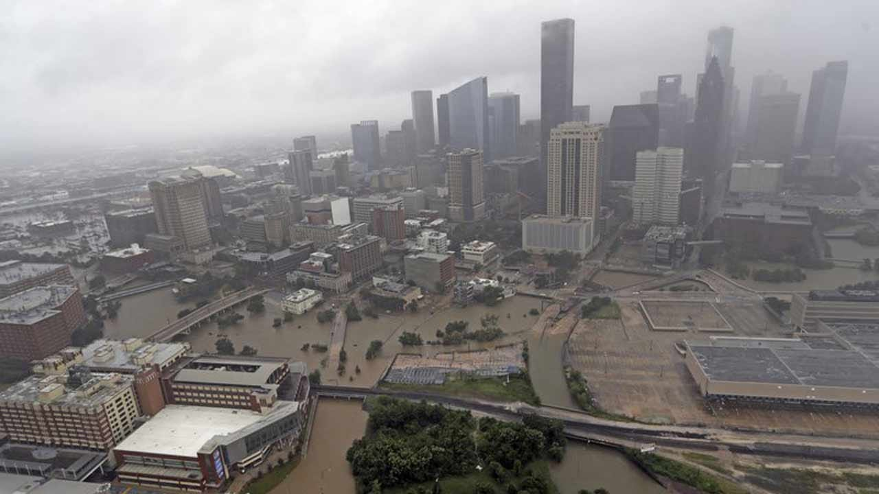 Houston Mayor Confirms Police Officer Drowned