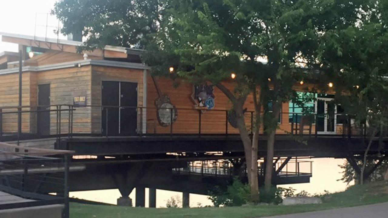 Tulsa Police Officers Injured Chasing, Arresting 2 Burglary Suspects