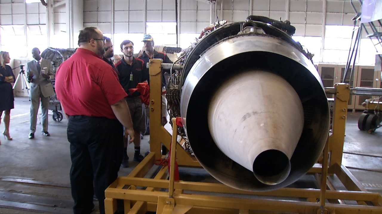 Southwest Airlines Donates 737 Engine To Tulsa's Spartan College