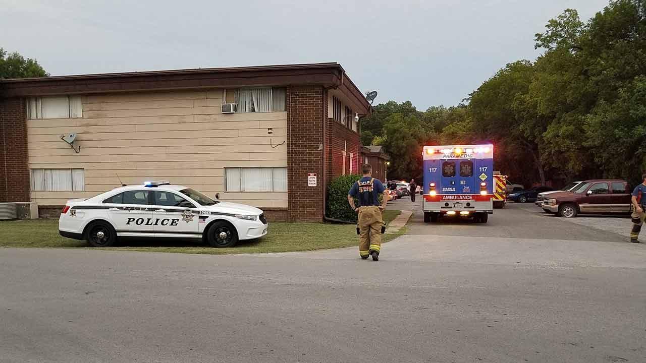 Tulsa Man Shoots Himself In Leg; Girlfriend Arrested