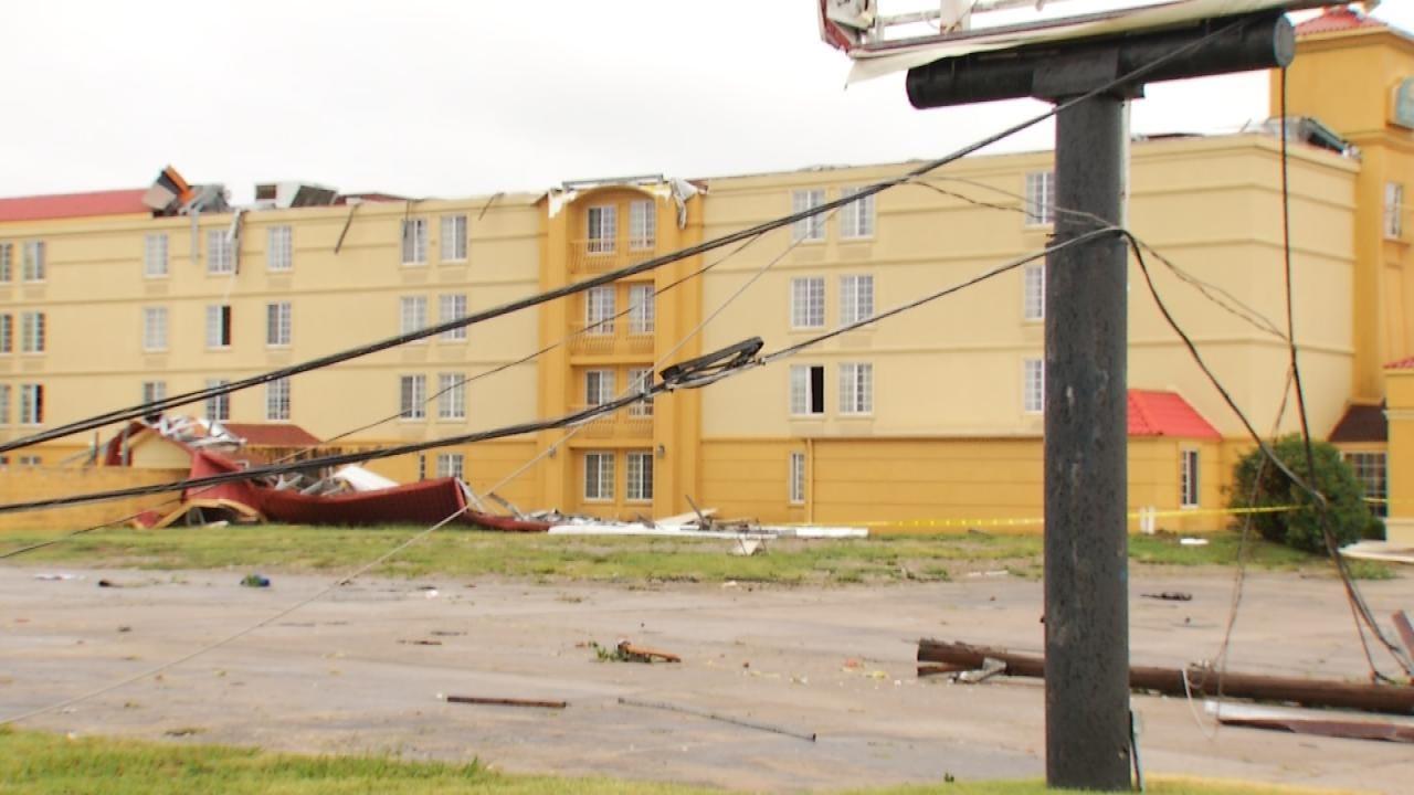 La Quinta Inn Guests Recall Moment Storm Barreled Through Building
