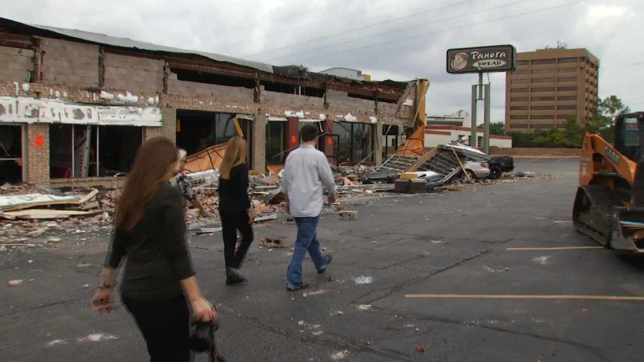 Tulsa Mayor Gets First Look At Tornado Damage