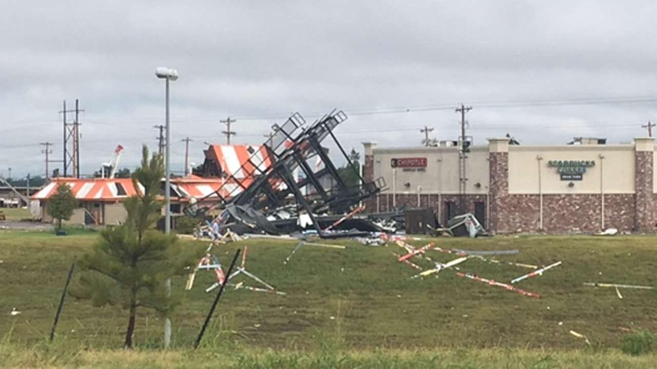 Governor Mary Fallin Tours Tulsa Tornado Damage