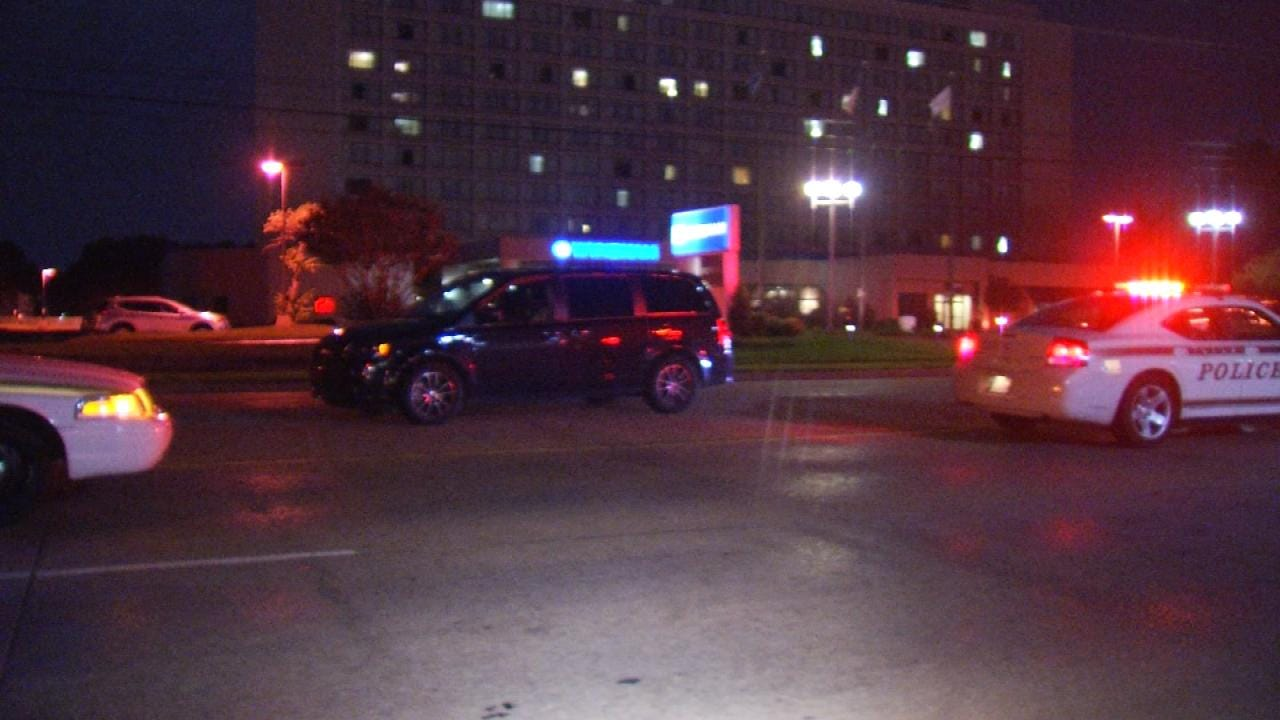 Man Struck, Injured While Crossing Tulsa Street