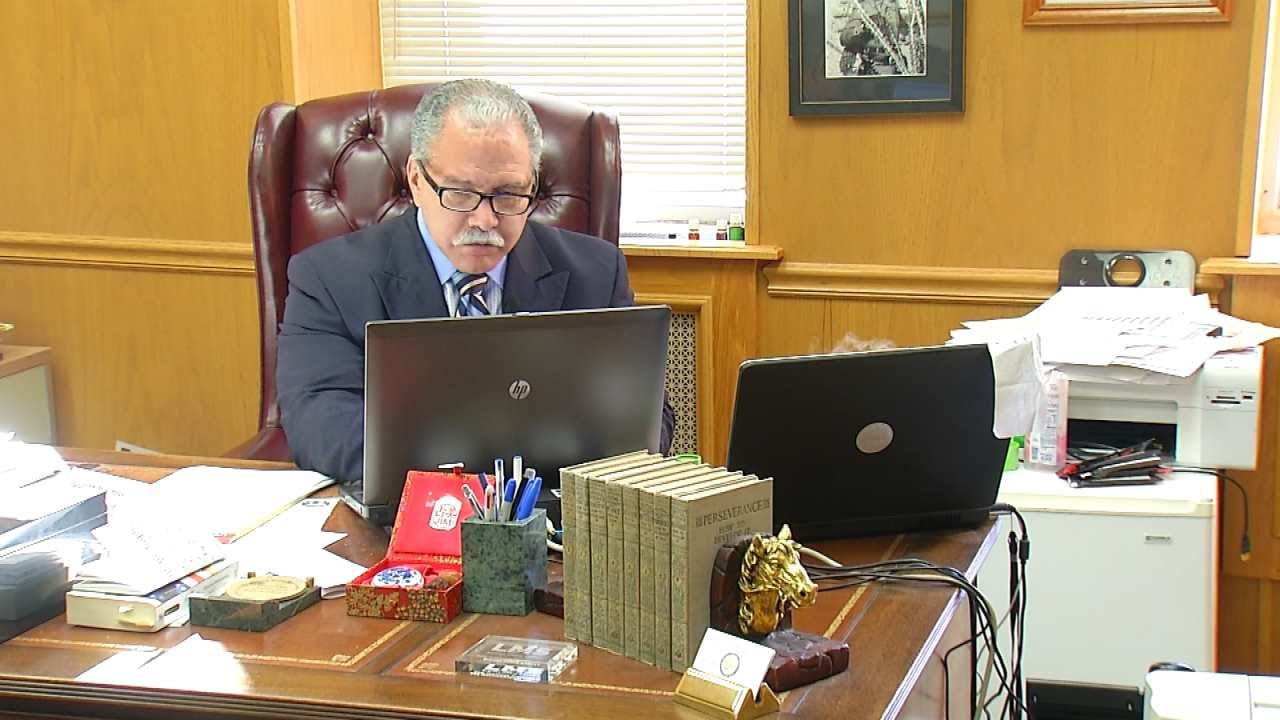 Tulsa County Judge Offers To Marry Couples New Years Eve/Day