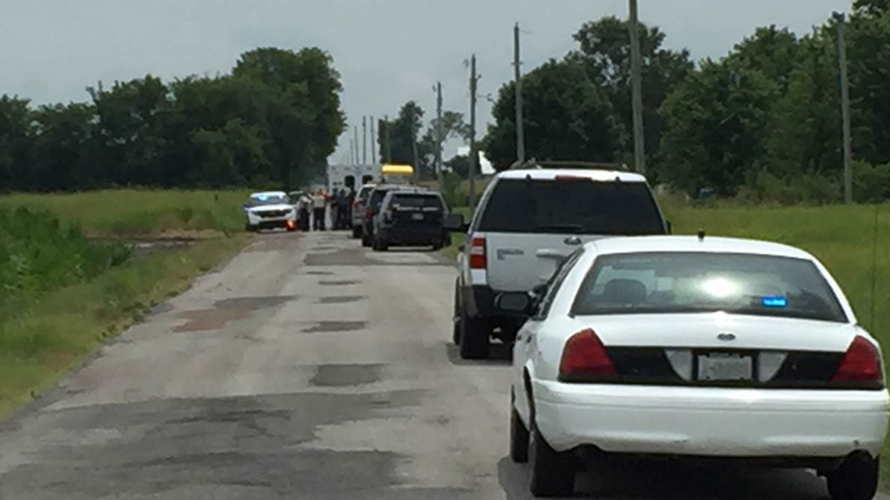 OHP: Shots Fired During Police Chase In Mayes County