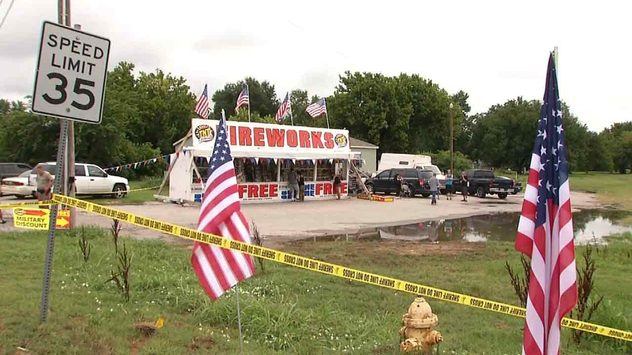 911 Calls Of Fatal Tulsa Fireworks Stand Shooting Released