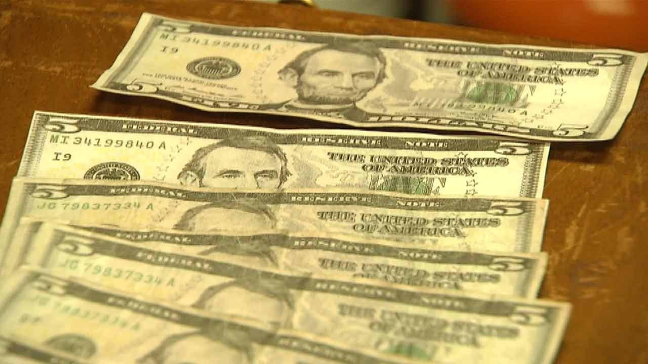 Counterfeit Money Spreading In Sand Springs Once Again