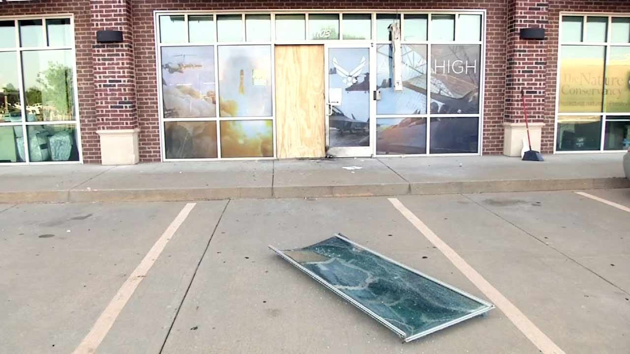 FBI Confirms Arrest In Explosion At Bixby Air Force Recruiting Center