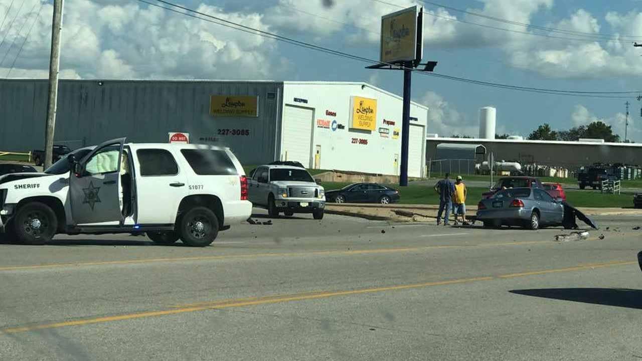 Tulsa County Deputy Speeding Seconds Before Crash, Sapulpa Police Say