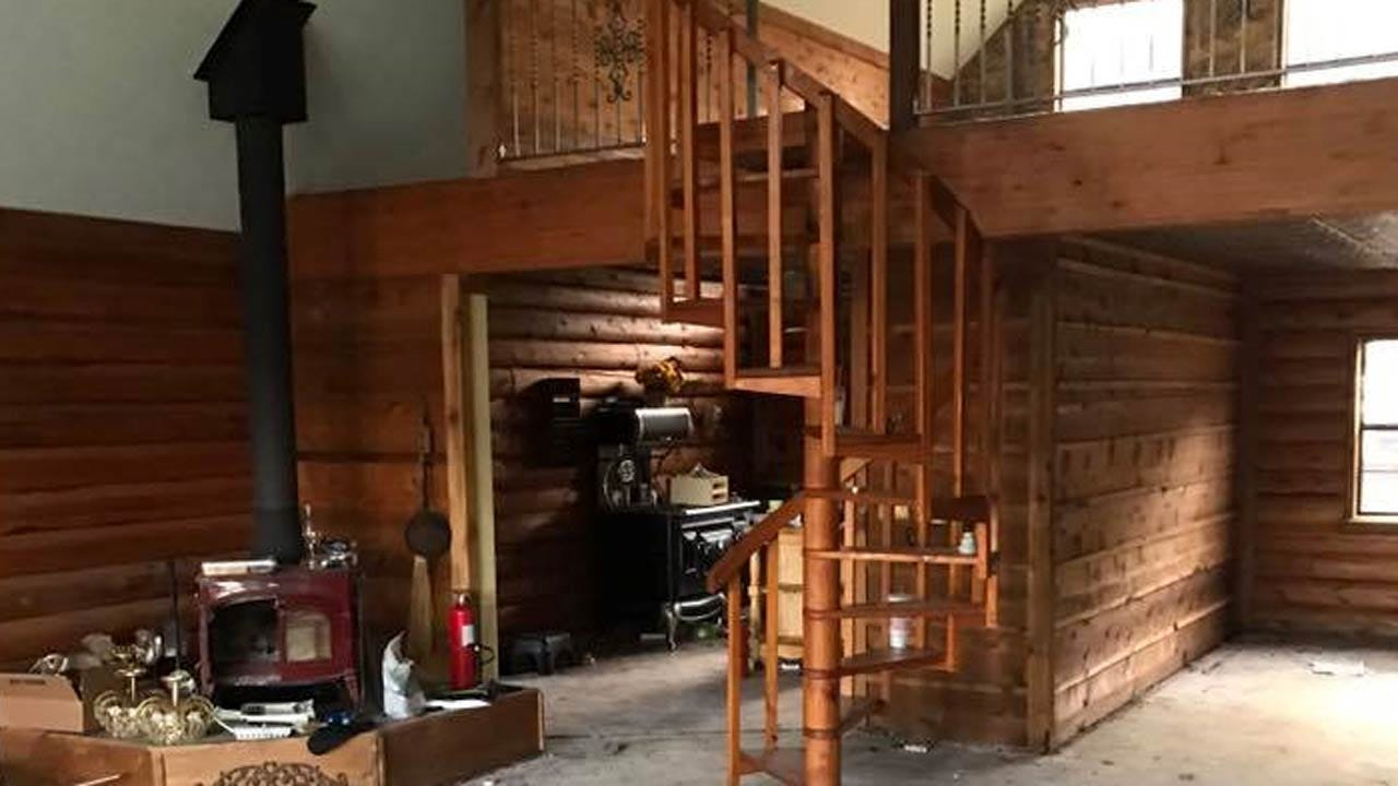 Thieves Steal Staircase And Tub, Kellyville Resident Says
