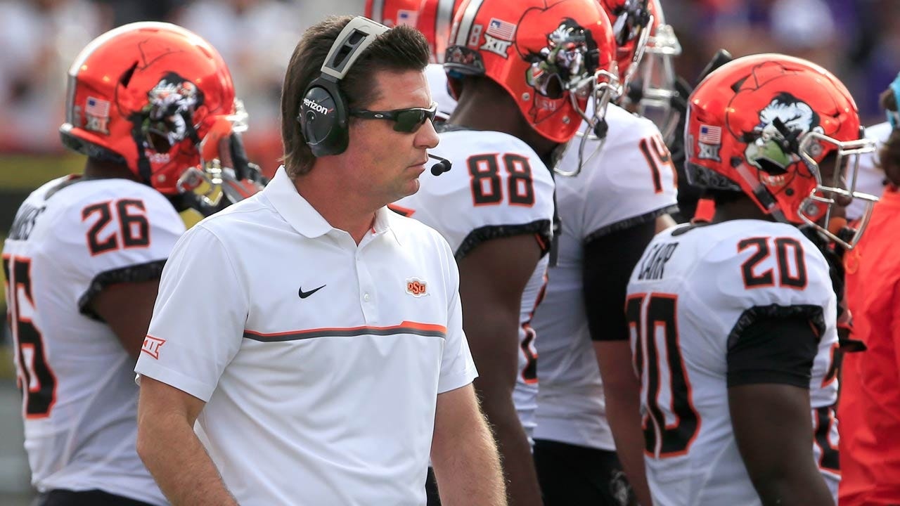 Mike Gundy Named Dodd Trophy Candidate