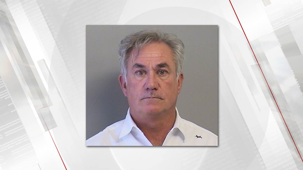 Tulsa Physician Booked On Charge Of Getting Pain Pills By Fraudulent Prescriptions