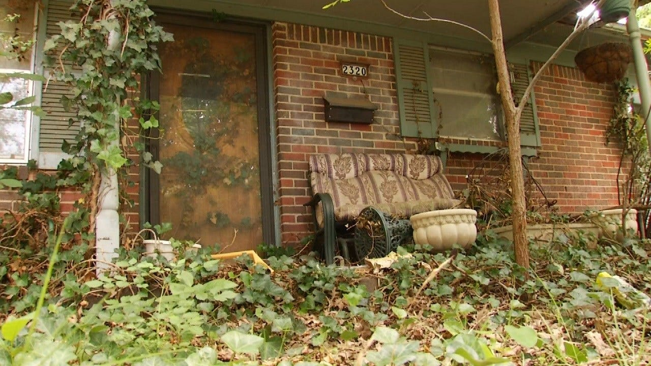 Blighted West Tulsa House Overrun By Pests, Neighbors Say