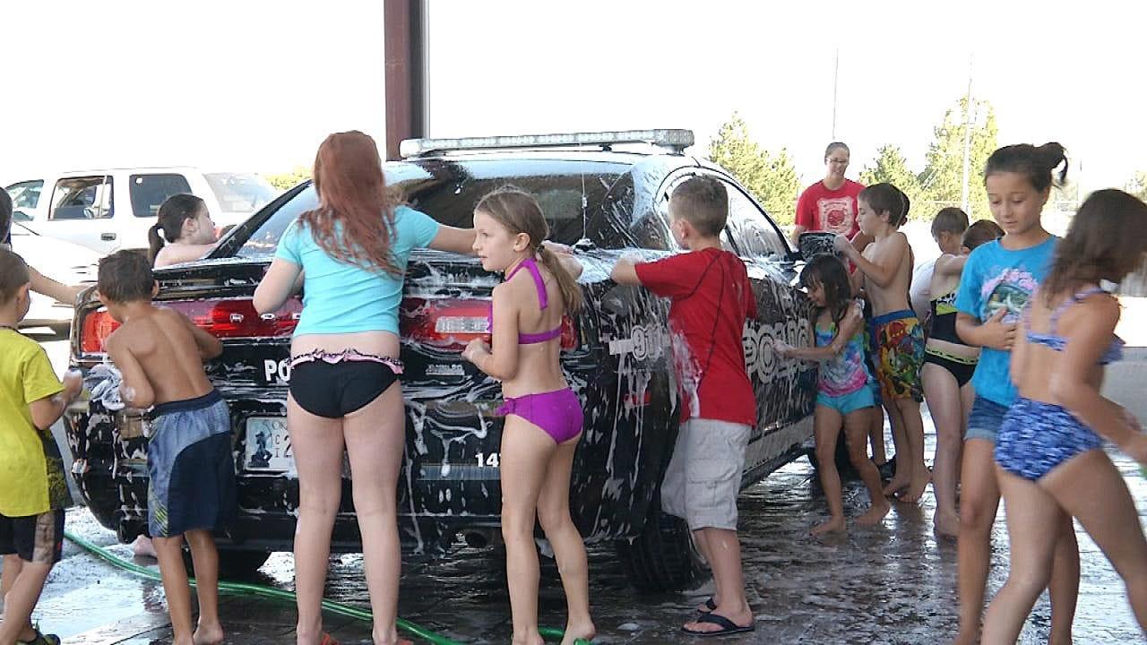 Catoosa Kids Wash Police Cars To Build Sense Of Community