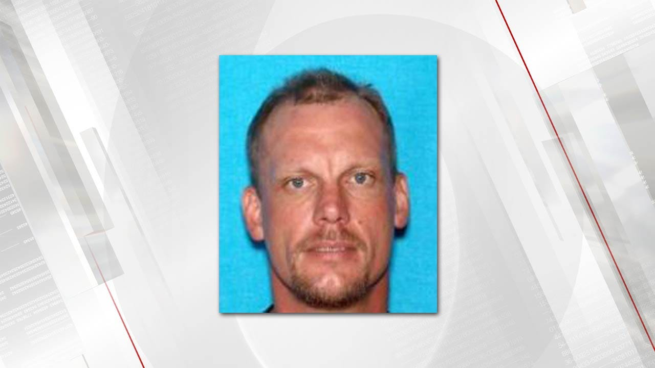 Stilwell Man Sought For Robberies In Fort Smith, Muskogee