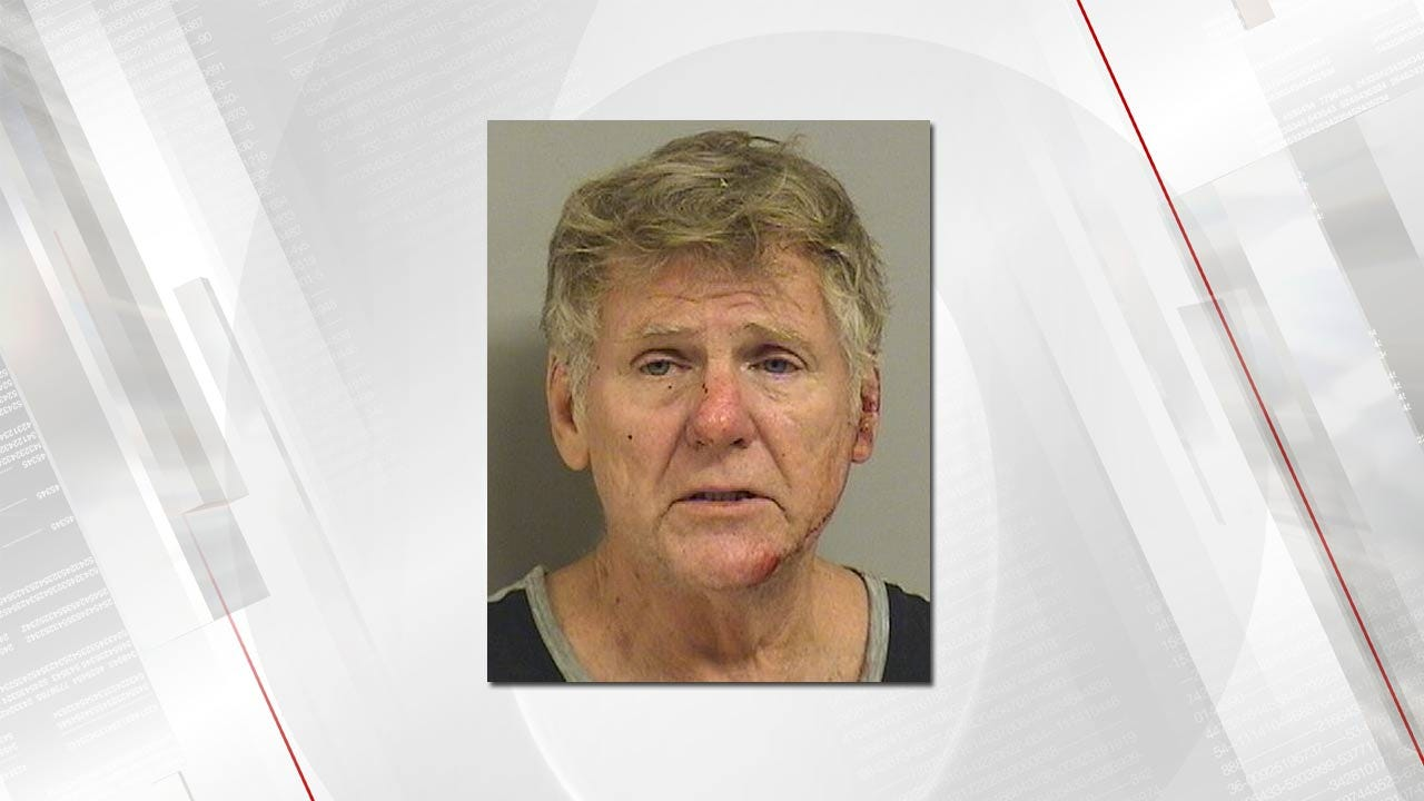 Victim Keeps DUI Driver From Taking Off, Tulsa Police Say