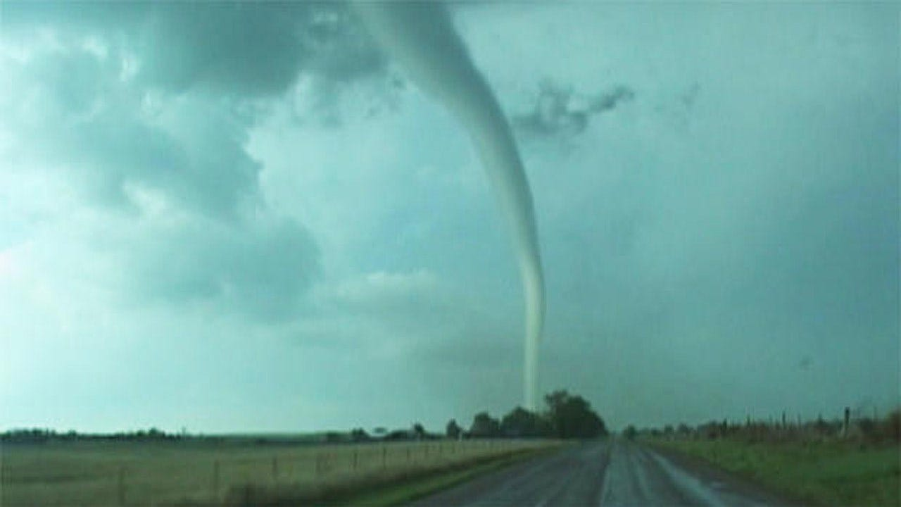 Storm Chasing Couple's Whirlwind Life