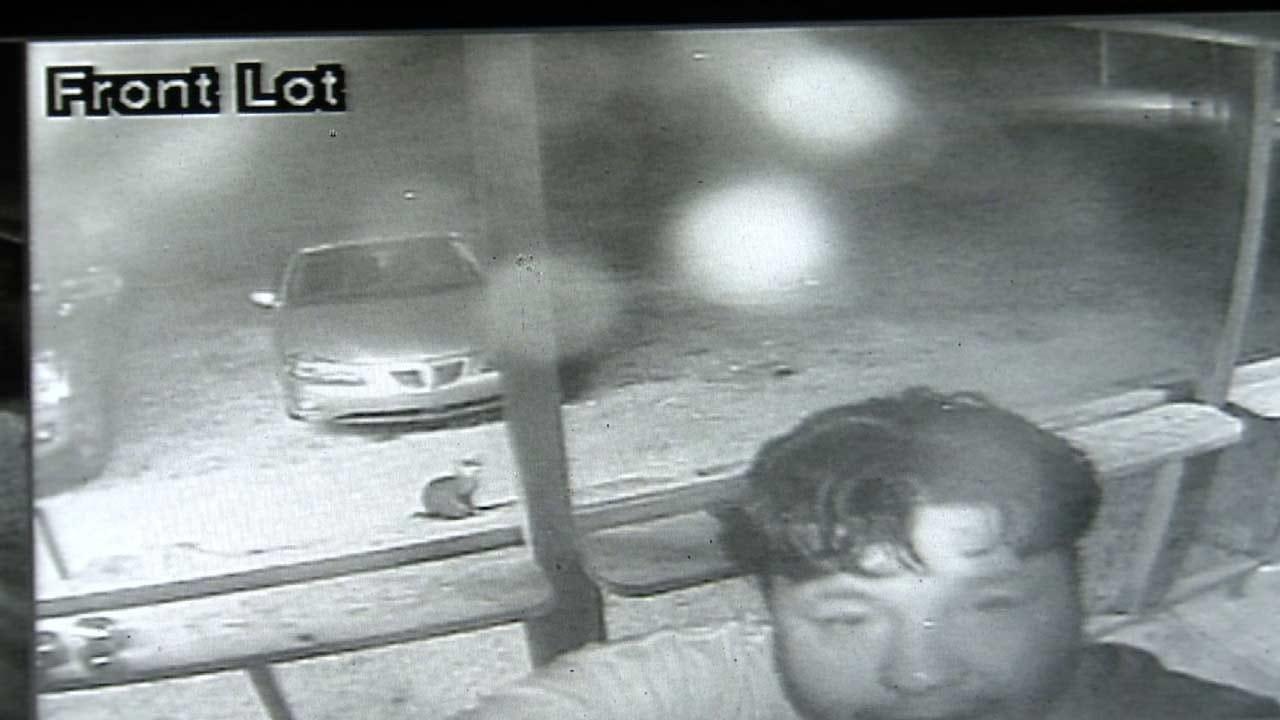 Surveillance Cameras Capture Close-Up Of Sand Springs Thief