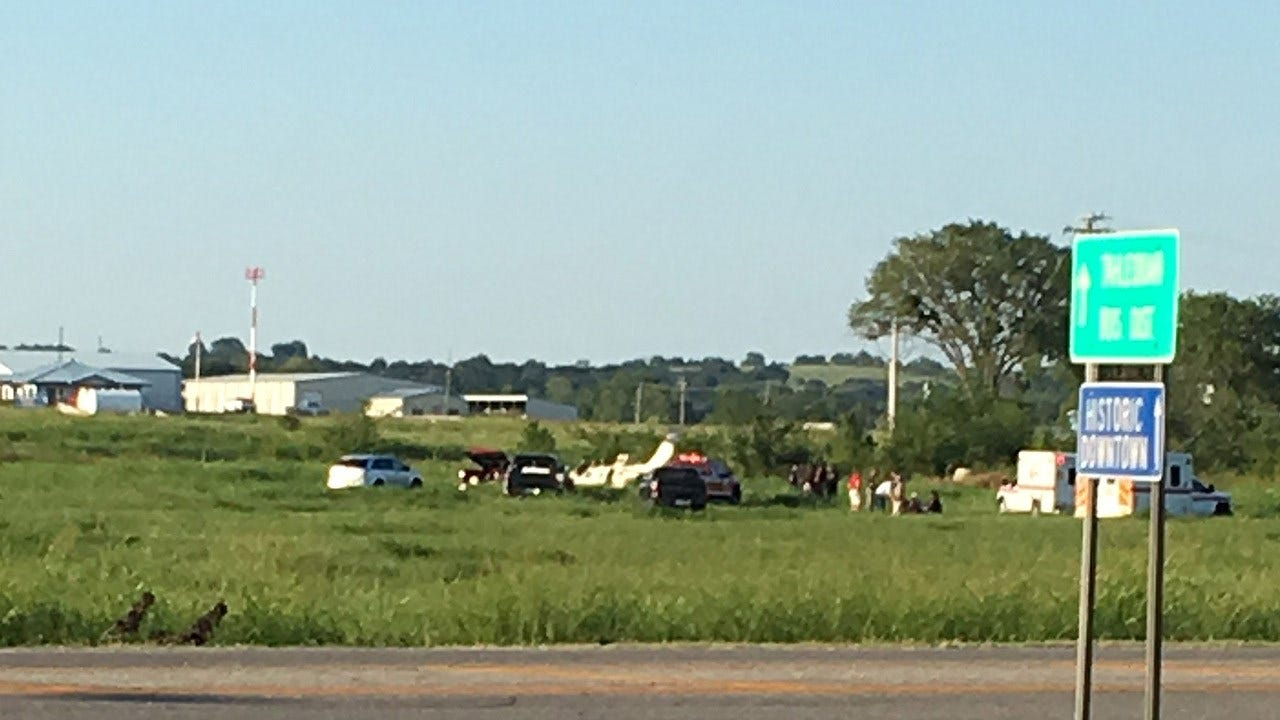 Single-Engine Plane Lands In Field Near Tahlequah Airport