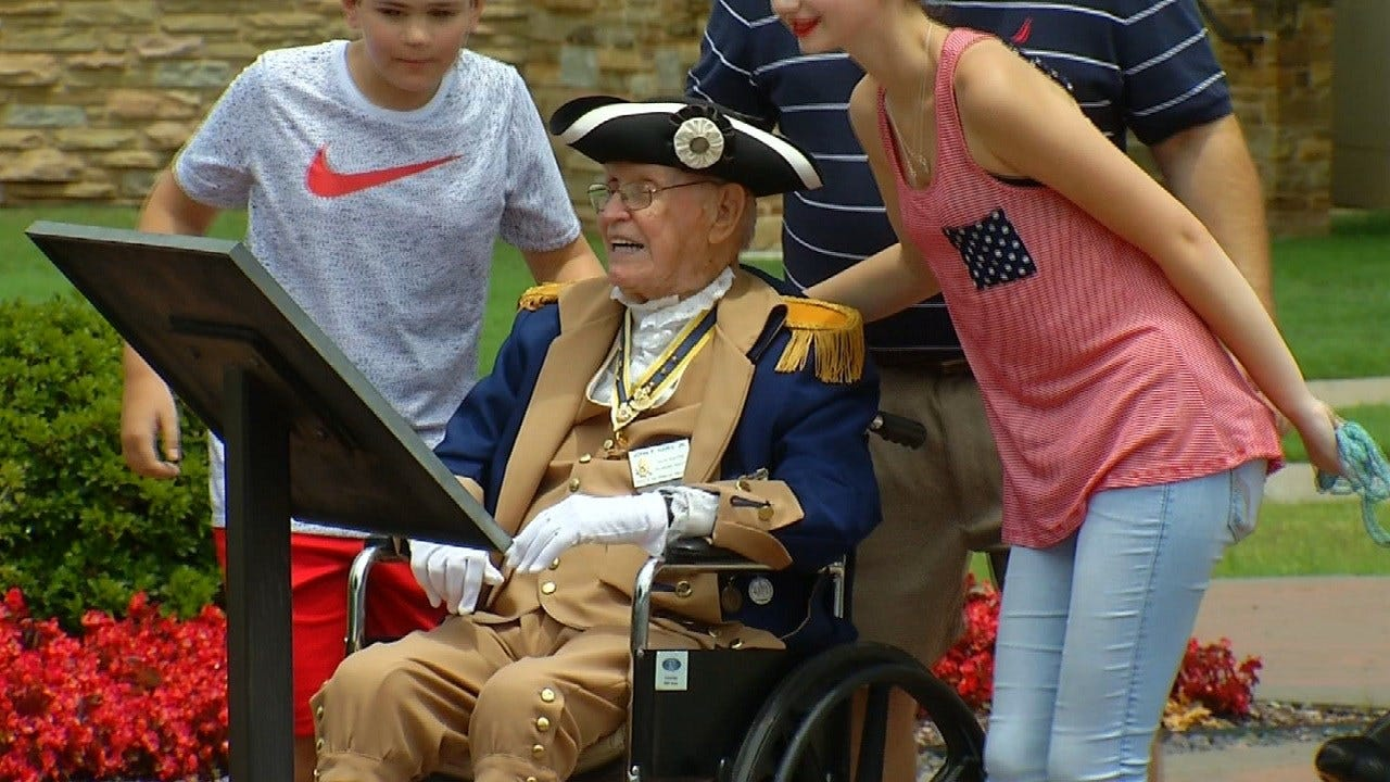 Tulsans Celebrate Declaration Of Independence At Ceremony