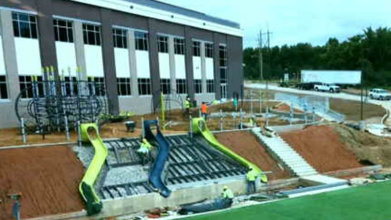 Construction Continues On New Jenks Elementary School