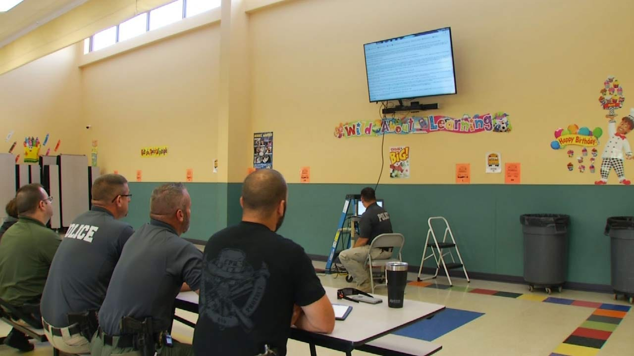 Mannford PD Holds Class On Oklahoma Sex Offender Laws