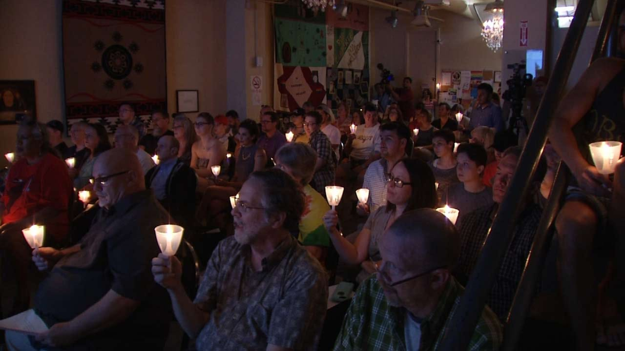 Tulsa's Equality Center Holds Memorial For Lives Lost In Orlando Shooting