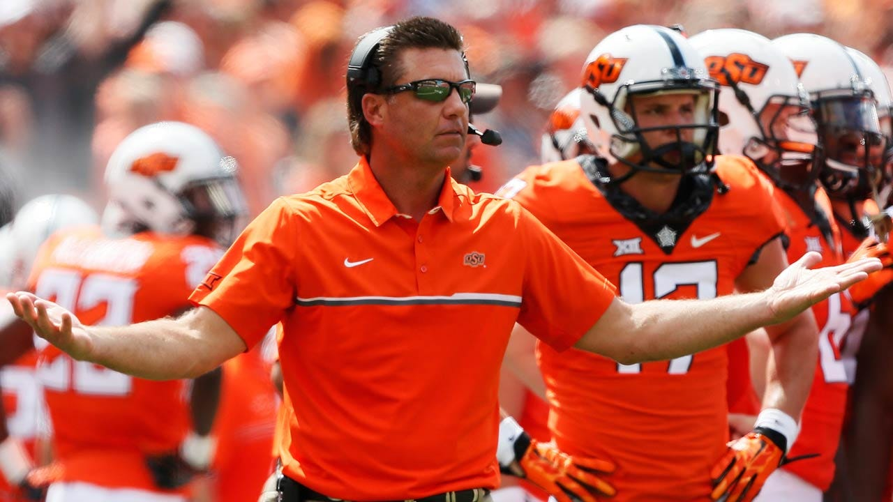 Football Coach Mike Gundy Signs New Long-Term Deal With OSU