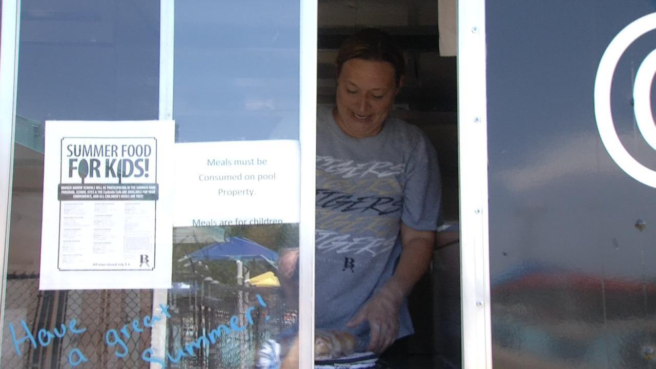 Broken Arrow Schools Using Food Truck To Curb Kids' Hunger During Summer Break