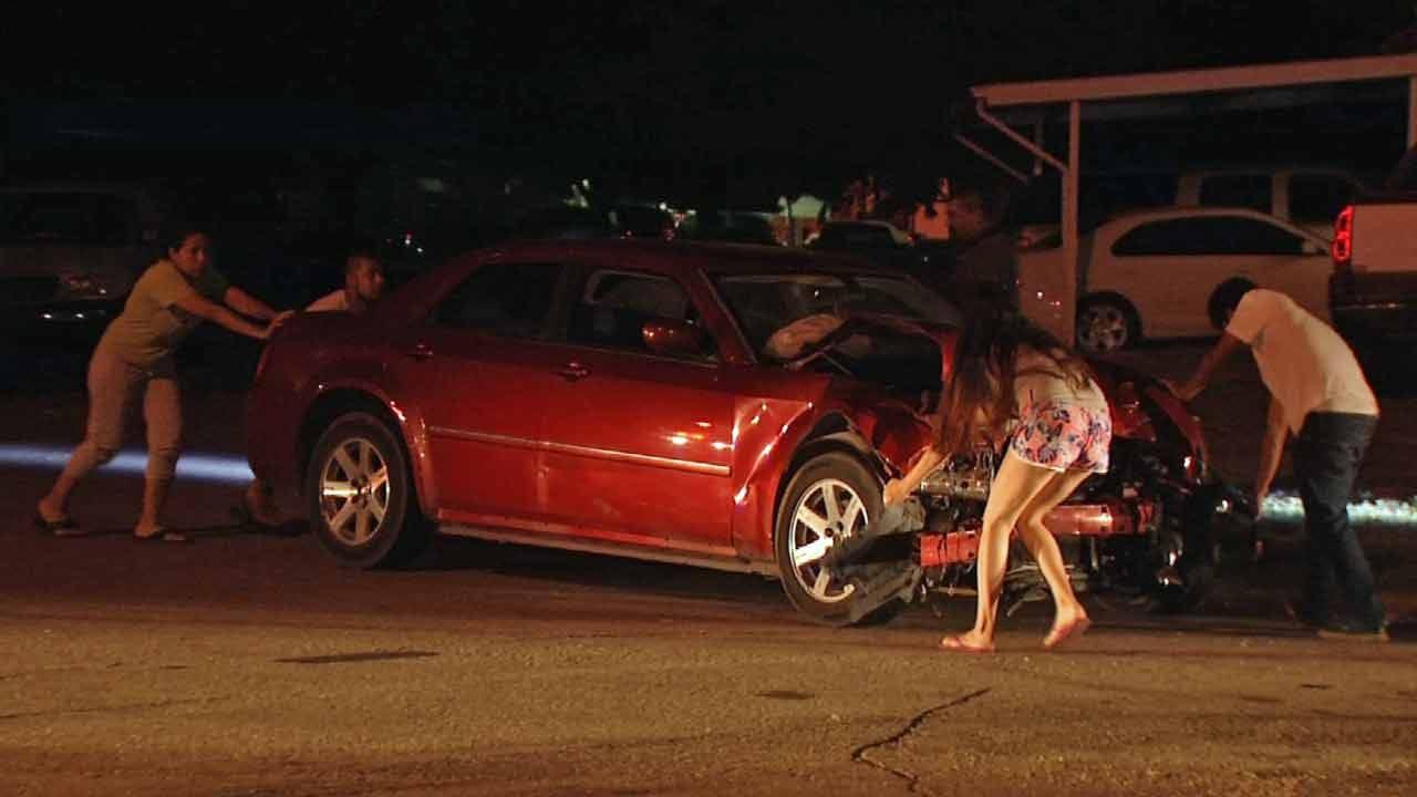Car Full Of Teenagers Involved In Tulsa Crash