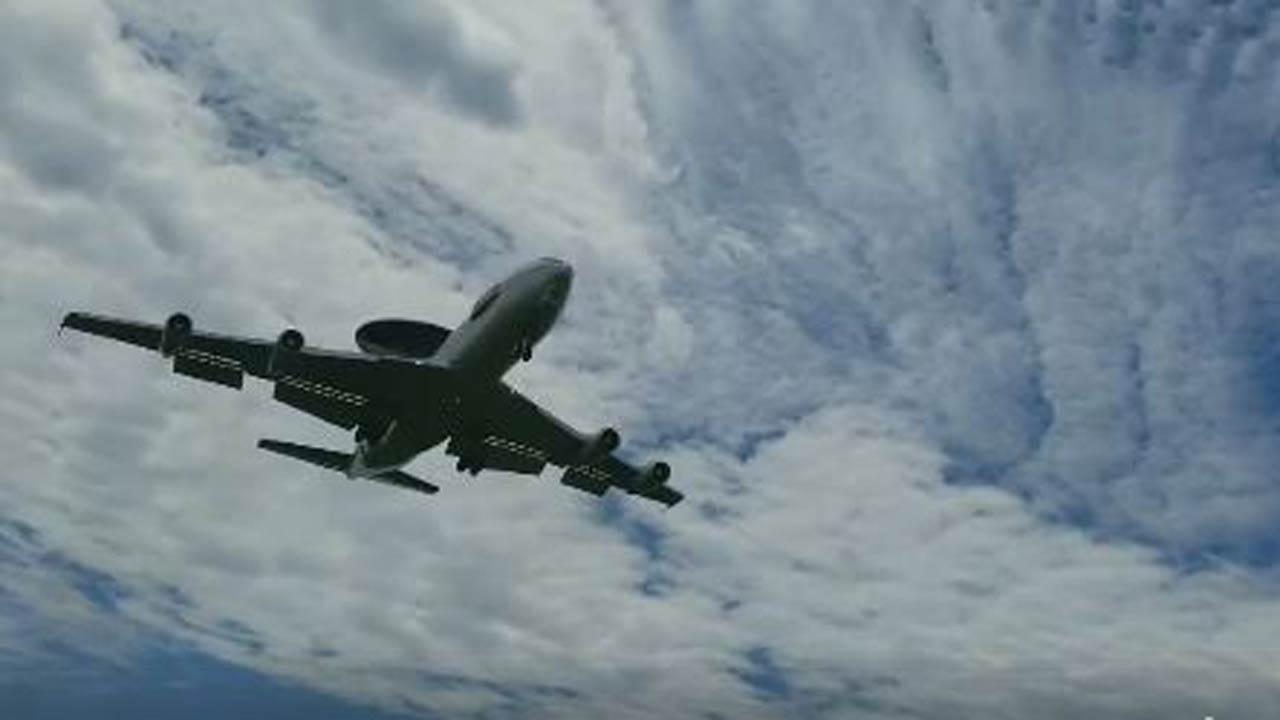 AWACS Jet Comes To Tulsa For Practice