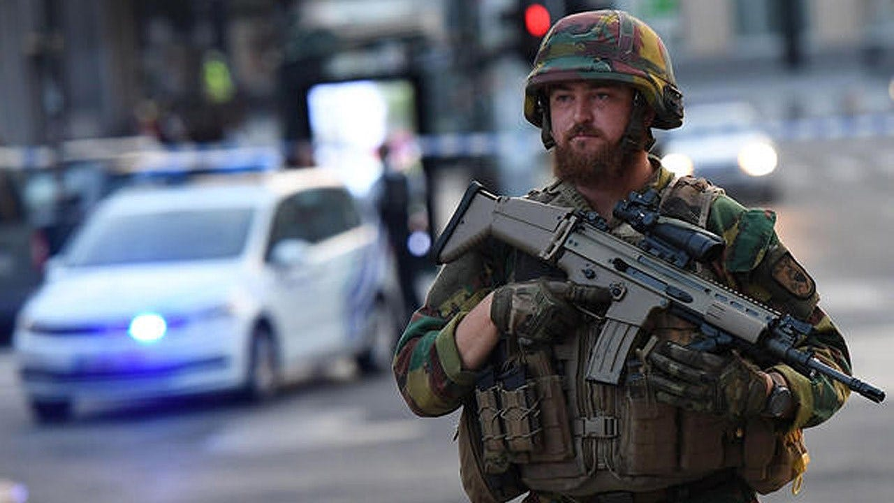 Soldiers Fatally Shoot Suspect After Explosion At Brussels Train Station