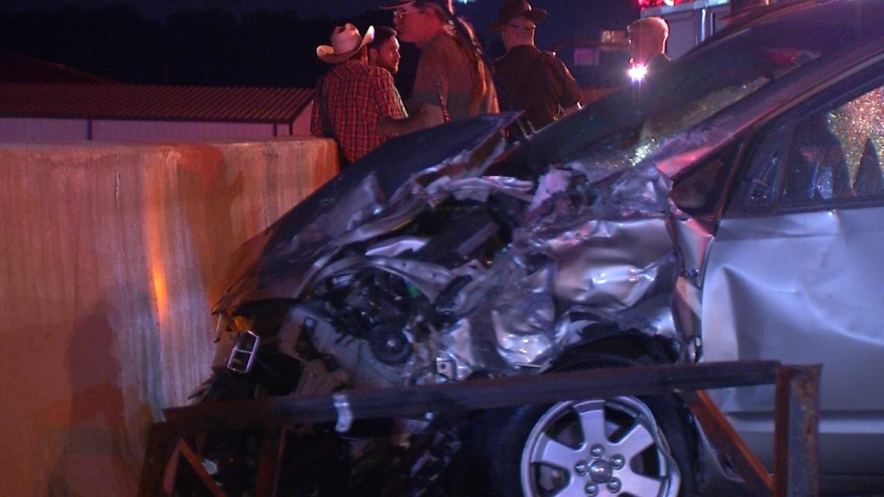One Hurt In 4-Vehicle Crash On Tulsa Interstate