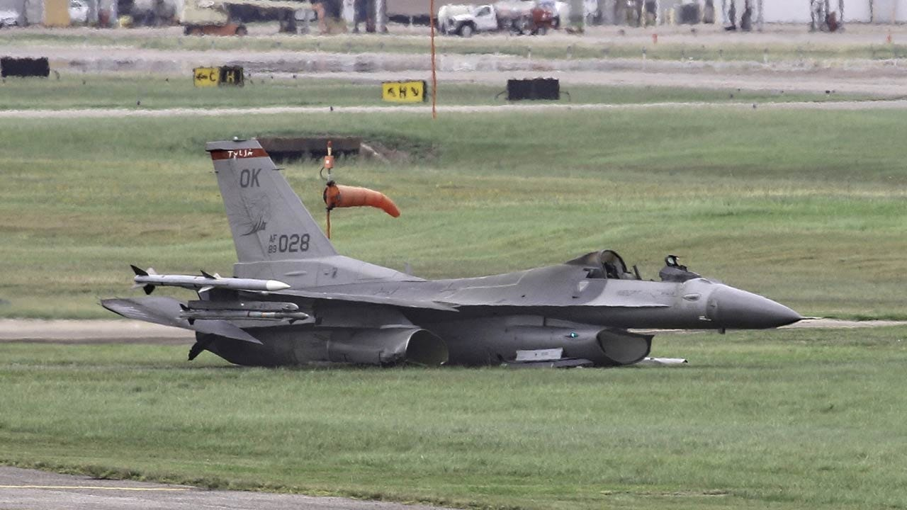 Pilot OK After F-16 With Tulsa Ties Crashes In Houston