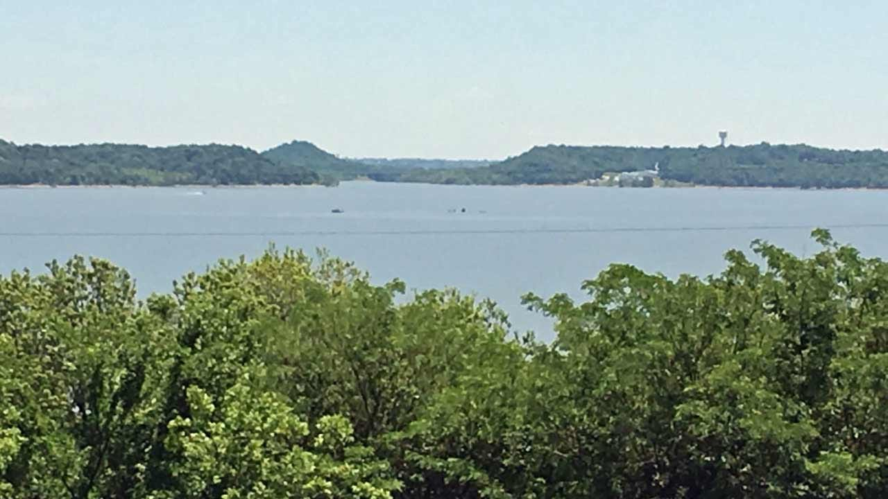 Four Rescued From Sinking Boat On Oologah Lake