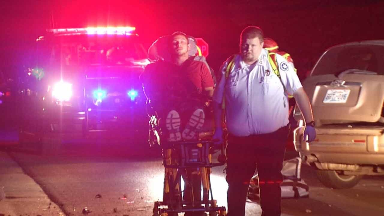 Driver Wrecks Trying To Avoid Tulsa DUI Checkpoint, Police Say