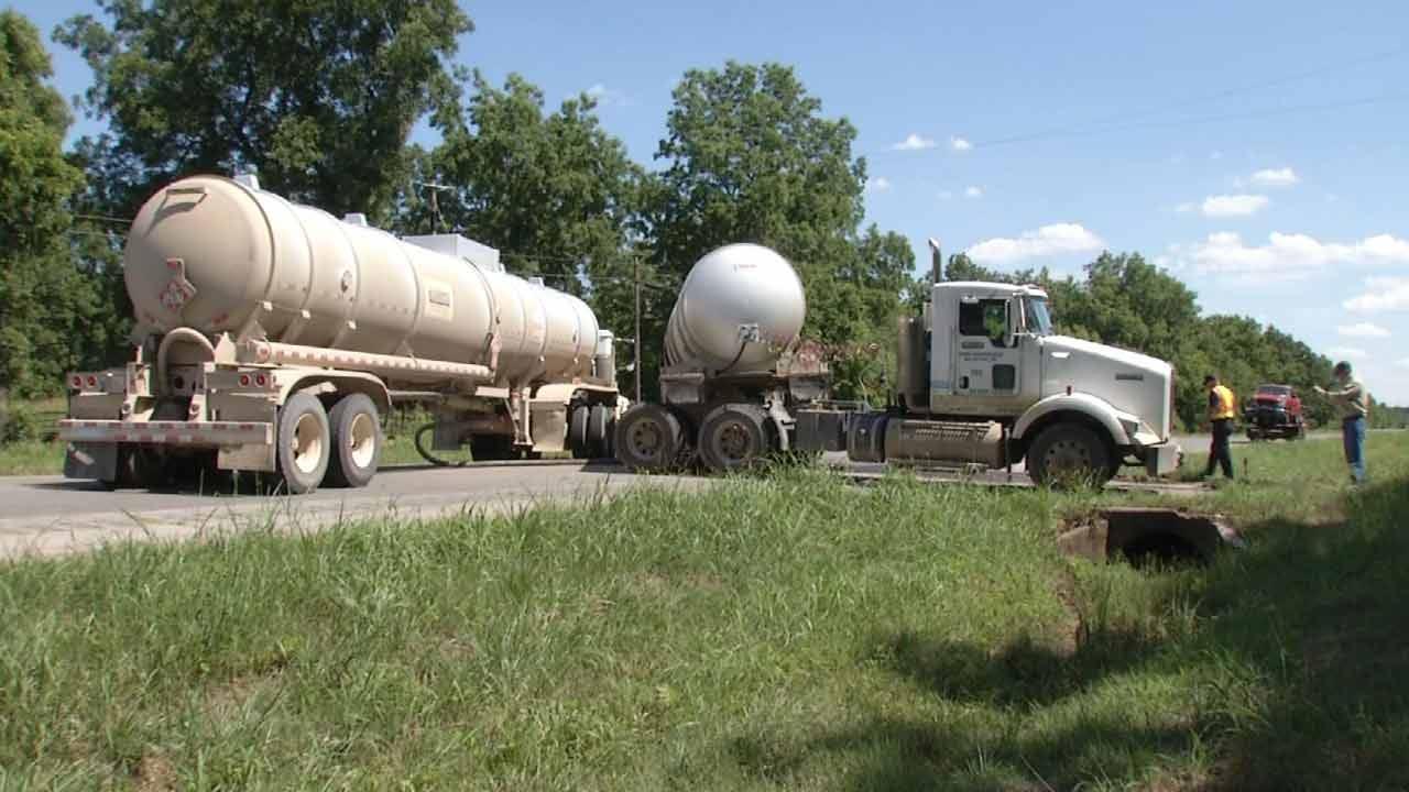 Tanker Wreck Closes Highway 11 Near Skiatook