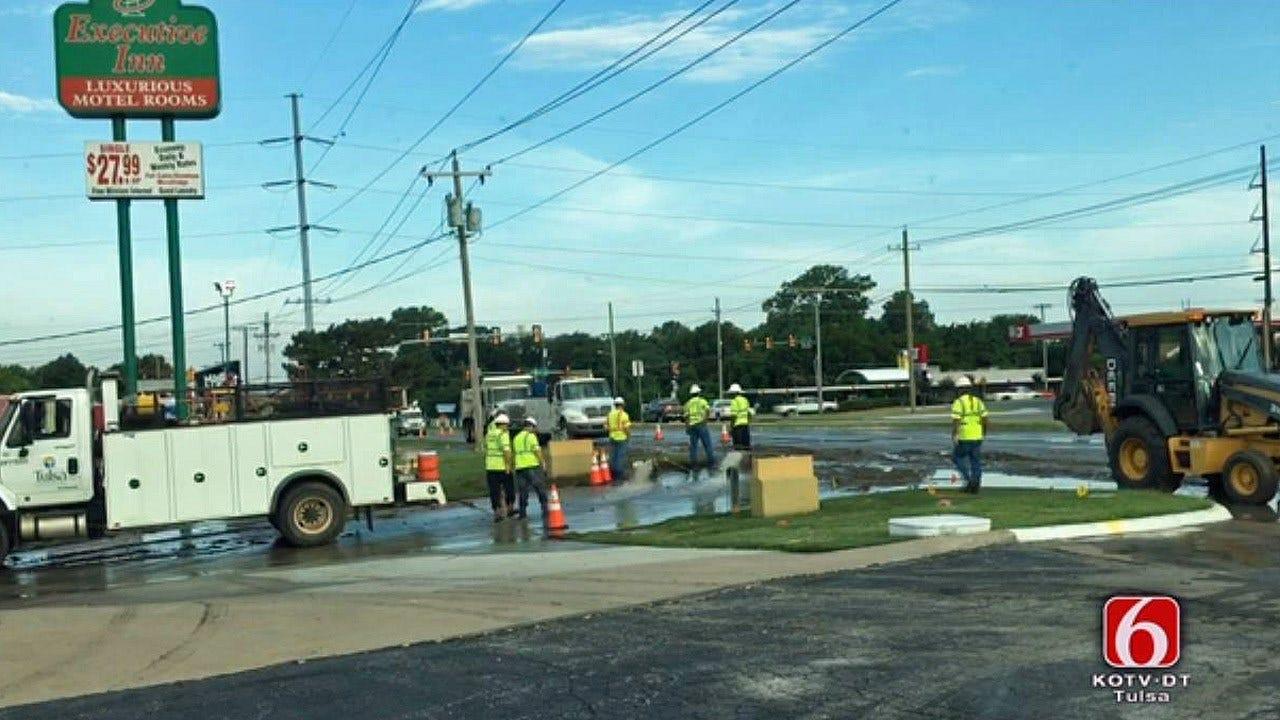 Tulsa Workers Repairing Water Line Break