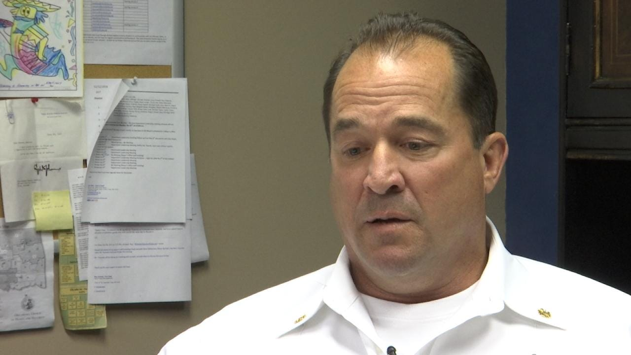 Tulsa Firefighters To Give Chief 'No Confidence' Vote