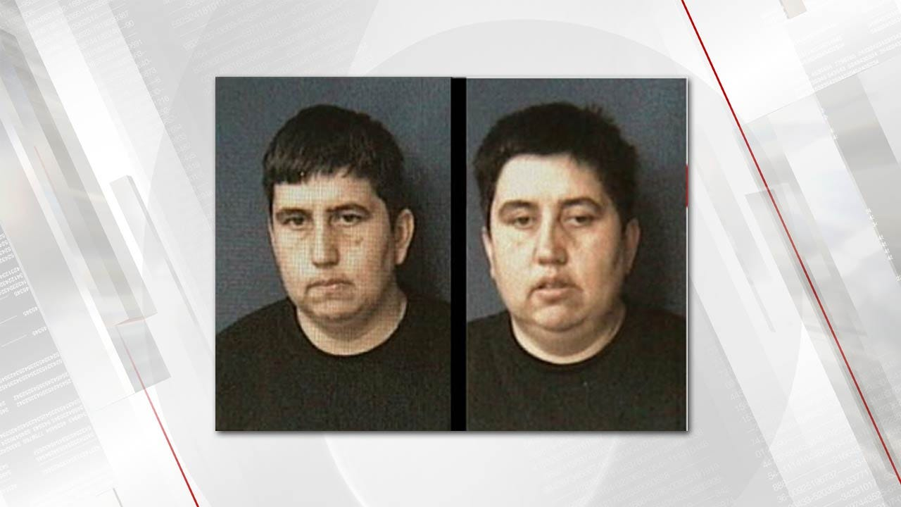 Twin Sisters From Choctaw Plead Guilty To Stamp Theft