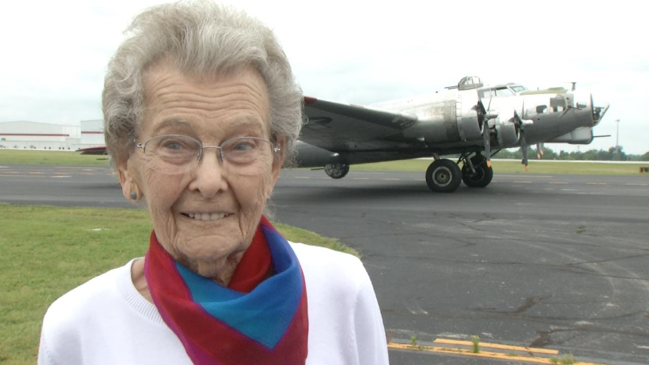 97-Year-Old Tulsa Woman Fulfills Dream Of Flying In A B-17