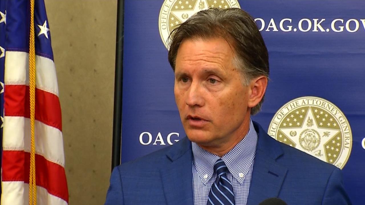 Oklahoma AG Sues Drug Manufacturers Over Opioid Addiction